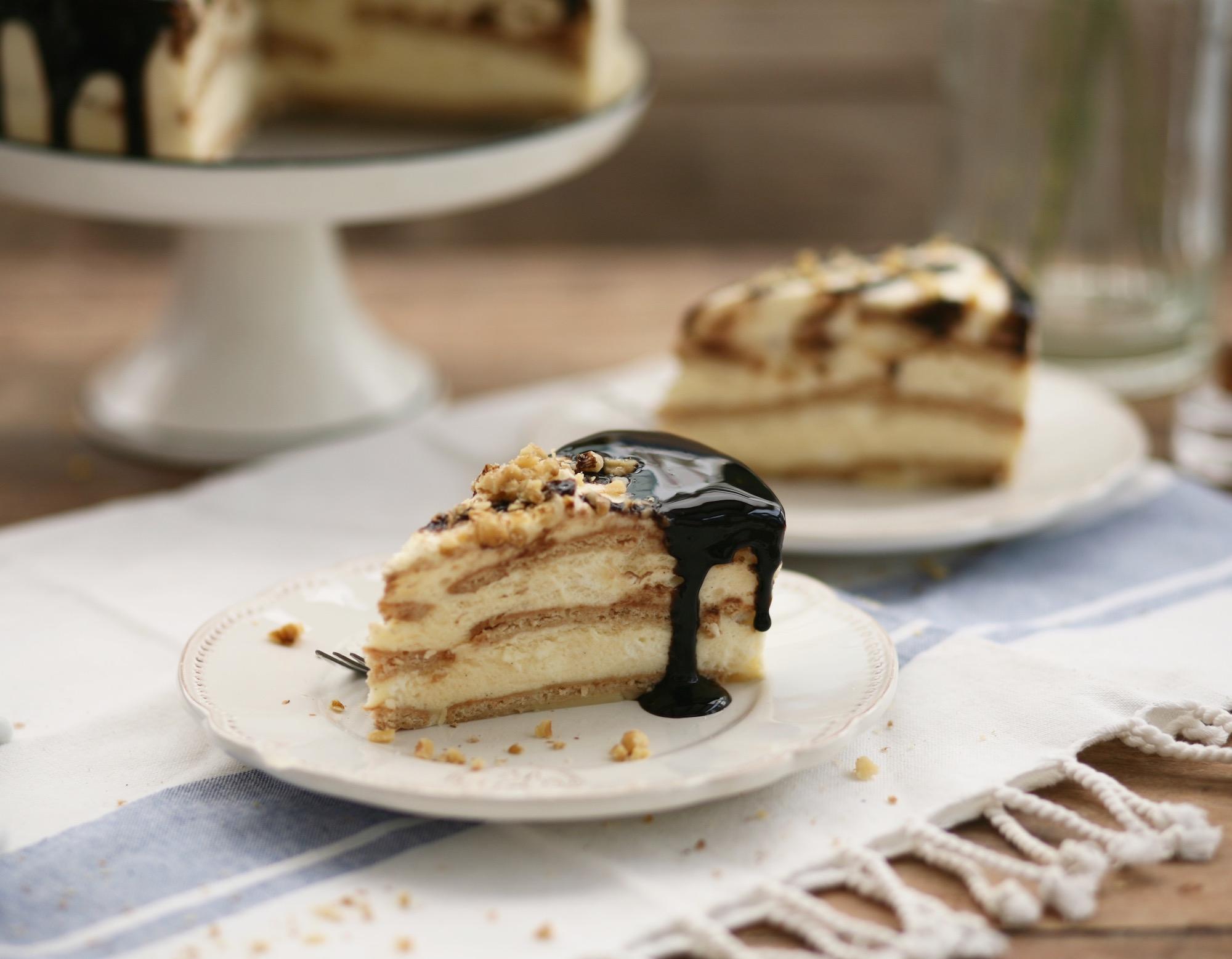 פרוסת עוגה ביסקויטים