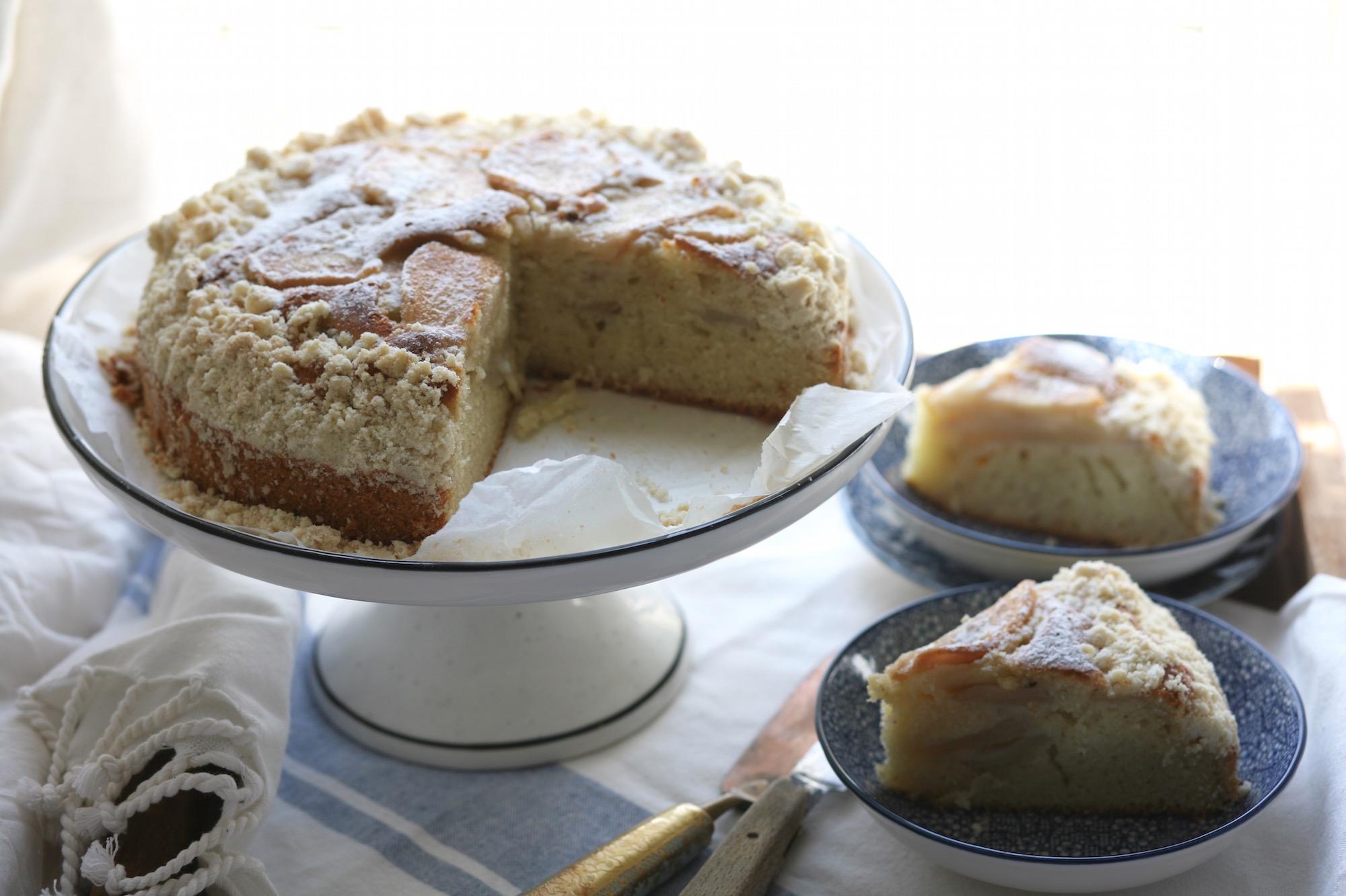 עוגת אגסים פירורים